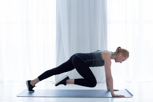 肩こりの予防にも!筋トレ(筋肉トレーニング)で健康づくり